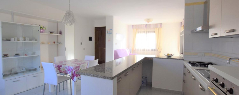 Via Veronese - ampio appartamento al primo piano