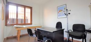 Ampio ufficio nelle vicinanze del Lungomare