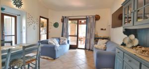 Villetta caposchiera con tre camere da letto a Bados - Pittulongu